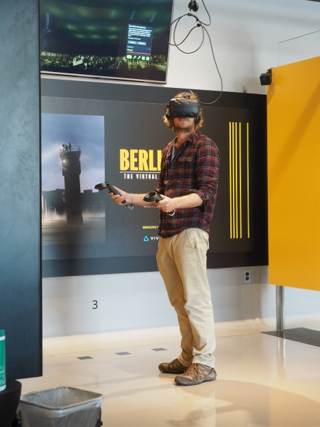Virtual reality experience at the Newseum